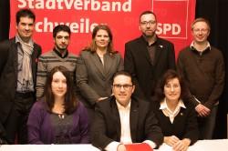 Der neu gewählte Vorstand des SPD-Stadtverbands: Nadine Leonhardt, Stefan Kämmerling, Angelika Zimmermann (sitzend von links), Tobias Hahn, Ugur Uzungelis, Kristina Klinkenberg, Oliver Liebchen und Jörg Löschmann (stehend von links):