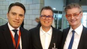 Stefan Kämmerling MdL, Ehrenamtler Wolfram Markus aus Eschweiler und SPD-Fraktionsvorsitzender Norbert Römer MdL