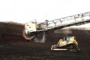Befahrung des Tagebaus Inden: Schaufelradbagger am Kohleflöz
