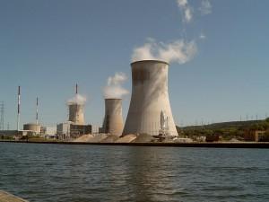 Kernkraftwerk Tihange; Bild: CC-Linzenz commons.wikimedia.org