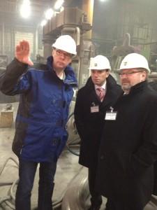 V.l.n.r.: Geschäftsführer Dr. Elmar Westhoff , Stefan Kämmerling MdL und SPD-Bundestagskandidat Detelf Loosz