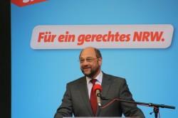 Martin Schulz MdEP am 05.05.2010 auf dem Katschhof in Aachen