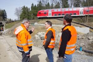 Die Geschäftsführer der EVS Thomas Fürpeil und Christian Hartrampf im Gespräch mit Stefan Kämmerling; Bild: Jürgen Lange