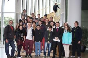 Waldschüler besuchen den Landtag