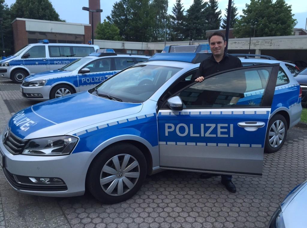 Absolvierte einen Praxistag einer Streifenwagenbesatzung der Polizeiwache Stolberg: Stefan Kämmerling MdL