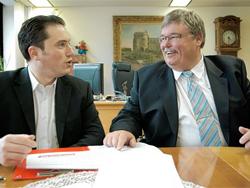 Stefan Kämmerling mit Stolbergs Bürgermeister Ferdi Gatzweiler (SPD) [Quelle: an-online.de]