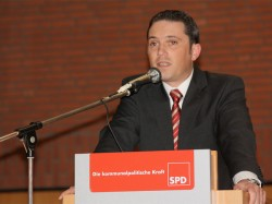 Stefan Kämmerling bei seiner Rede vor den Delegierten der Wahlkonferenz am 27.11.2009